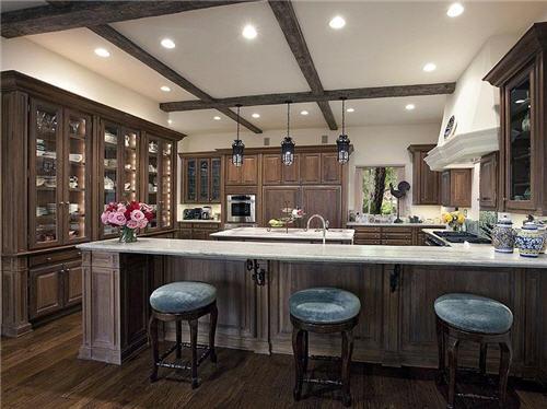 $19.5 Million Mediterranean Style Estate in Santa Barbara California 7