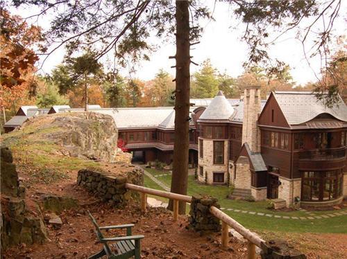 $24.5 Million Arts & Crafts Inspired Estate in Weston Massachusetts 12