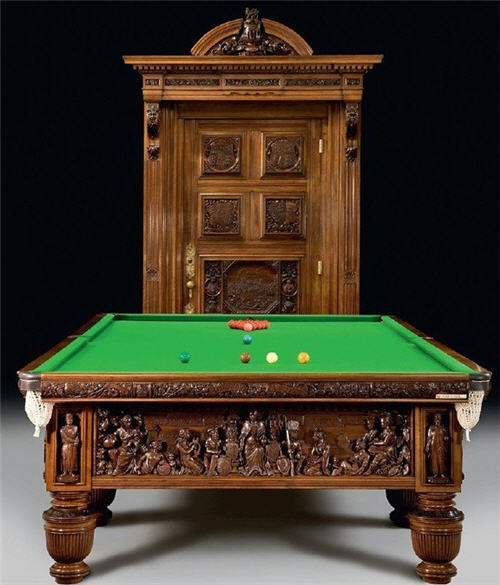 Queen's Jubilee Billiard Table