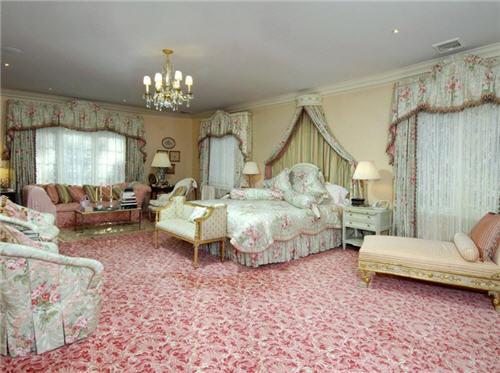 $16 Million Elegant Hilltop Estate in Armonk New York 10