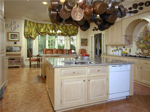 $16 Million Elegant Hilltop Estate in Armonk New York 7