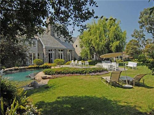 $16.5 Million Luxe Estate in Santa Monica California 2