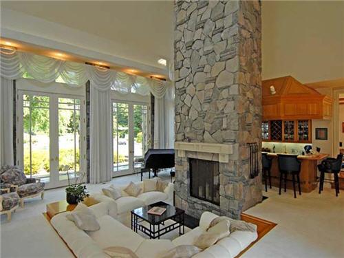 $16.5 Million Luxe Estate in Santa Monica California 4