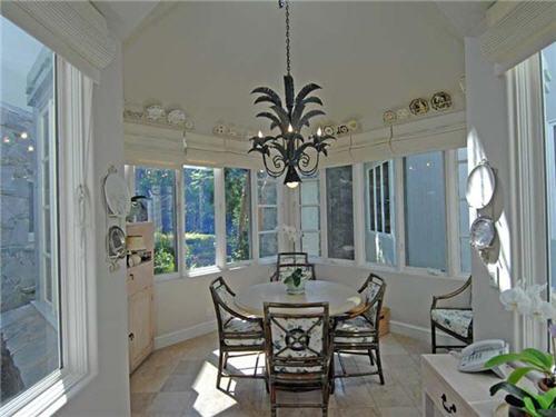 $16.5 Million Luxe Estate in Santa Monica California 5