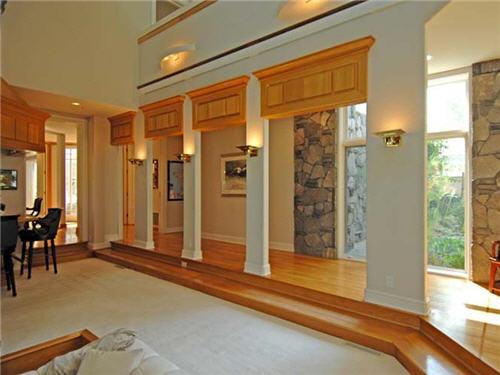 $16.5 Million Luxe Estate in Santa Monica California 8