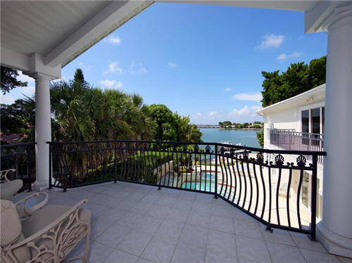 $3.8 Million Sleek Estate in Sarasota Florida 13