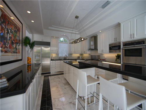 $3.8 Million Sleek Estate in Sarasota Florida 6