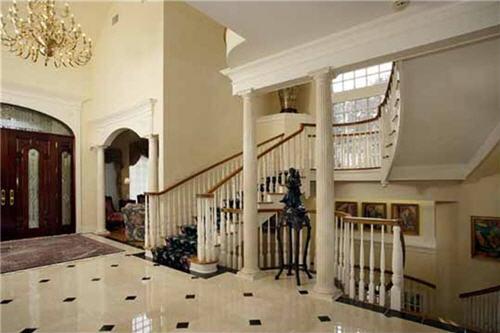 $6 Million Luxurious Estate in Tuxedo Park New York 3