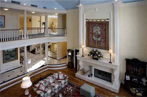 $6 Million Luxurious Estate in Tuxedo Park New York 9