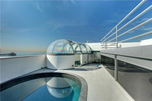 $16 Million Oceanfront Home in Manhattan Beach California 10