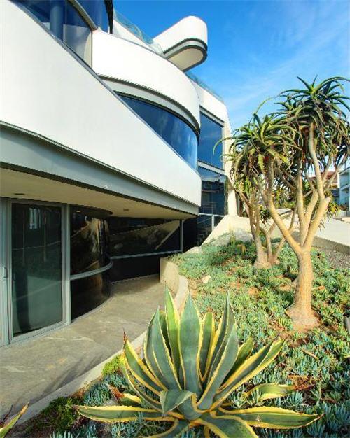 $16 Million Oceanfront Home in Manhattan Beach California 11