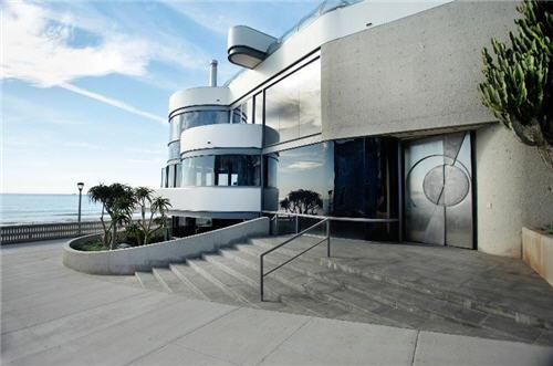 $16 Million Oceanfront Home in Manhattan Beach California