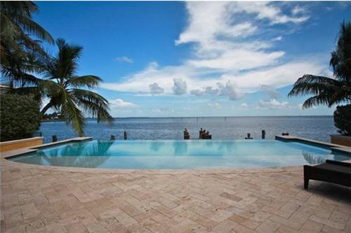 $6.9 Million Custom Mediterranean Estate in Miami Florida 4