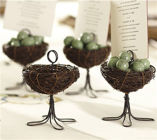 Bird Nest Place Card Holder for your Spring Table