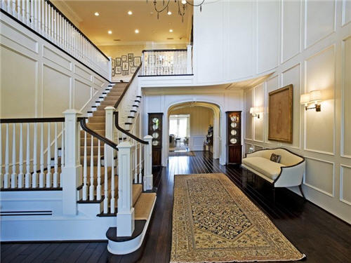 Estate of the day 28 7 million east coast traditional in for Foyer youth housing