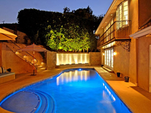 Estate Of The Day 7 7 Million Luxurious Mansion In Los
