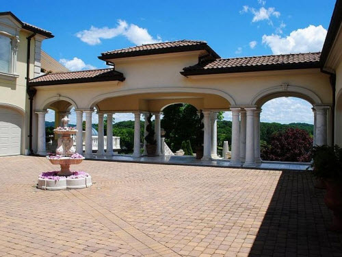 Estate Of The Day 19 Million Villa Collina In Knoxville