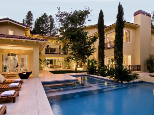 Estate Of The Day 6 9 Million Contemporary Villa In West