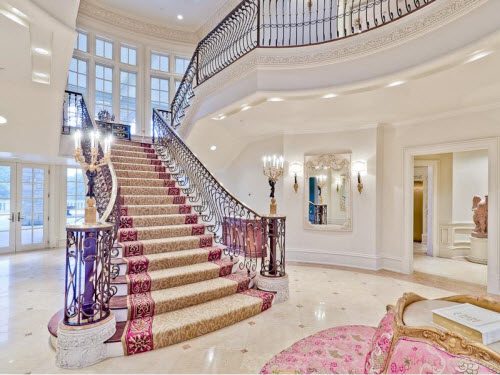 Estate Of The Day 35 Million Champ D Or Mansion In