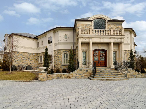 Estate of the day 6 8 million center hall colonial Nice houses in new jersey