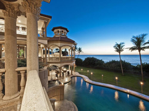 Estate of the day 19 9 million oceanfront estate in for Foto di case americane