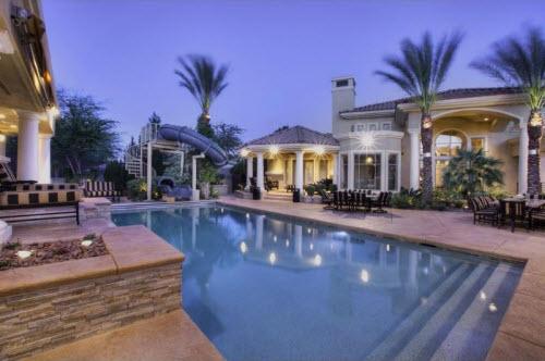 Fiesta en la residencia Downey 2.95-Million-Deluxe-Estate-in-Las-Vegas-Nevada-12