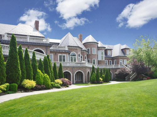 Estate of the day 29 million grand mansion in alpine for Most beautiful mansions
