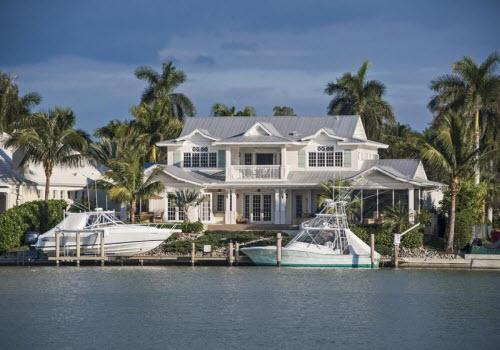 $4.9 Million Waterfront Estate in Naples Florida