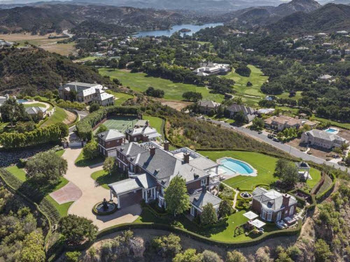 $14.9 Million Timeless Estate in Thousand Oaks California