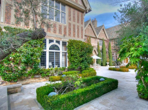 $26 Million Historic Mansion in Hillsborough California 6