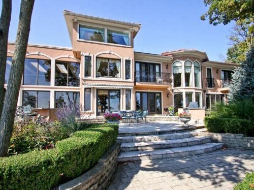$3.9 Million Lake Front Estate in Highland Park Illinois