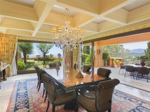 $18 Million Prestigious Mediterranean Villa in Spain 3