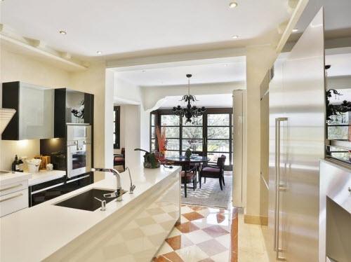 $18 Million Prestigious Mediterranean Villa in Spain 5