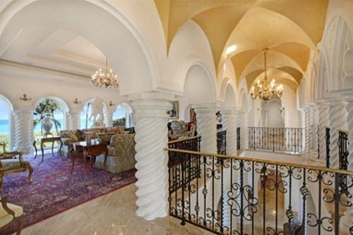 Chateau de la Lune Estate in Florida 3