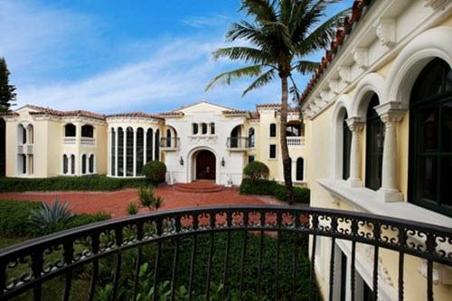 Chateau de la Lune Estate in Florida
