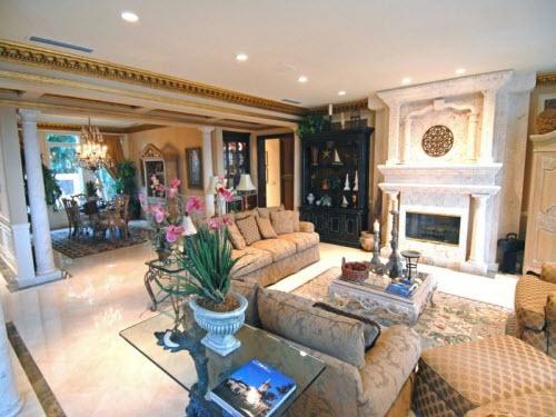 $8.4 Million Oceanfront Mediterranean Villa in Florida 4