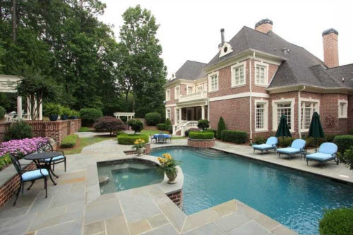 $2.9 Million Traditional Brick Estate in Georgia 11