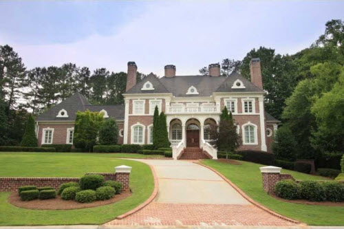 $2.9 Million Traditional Brick Estate in Georgia