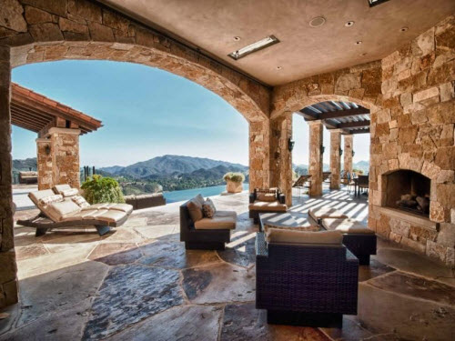$36 Million Rocky Oaks Estate Vineyards in Malibu California 9
