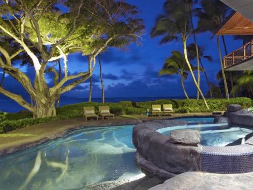 $9.5 Million Beachfront Home in Hawaii 12