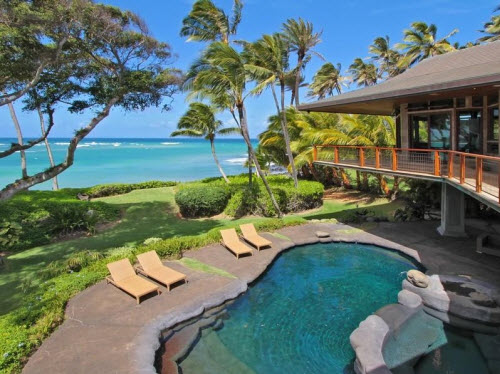$9.5 Million Beachfront Home in Hawaii