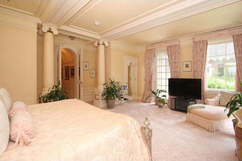 $17 Million Georgian Revival Manor in Massachusetts 13