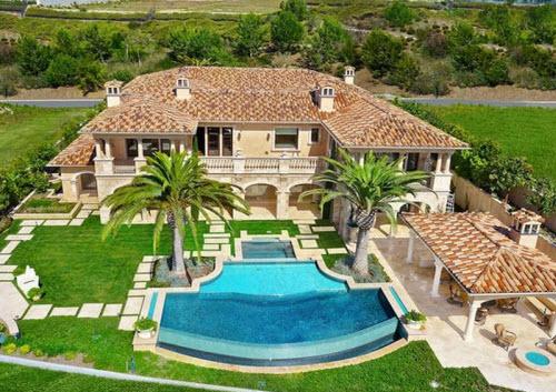 $22.8 Million Ocean View Estate in Newport Coast California 17