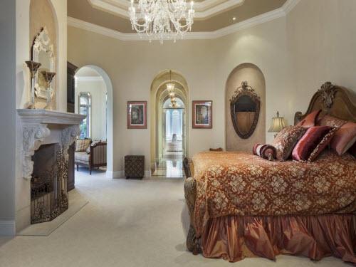 $6.9 Million Magnificent Estate in Naples Florida 12