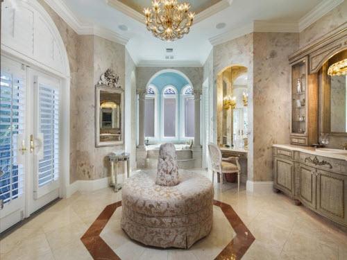 $6.9 Million Magnificent Estate in Naples Florida 13