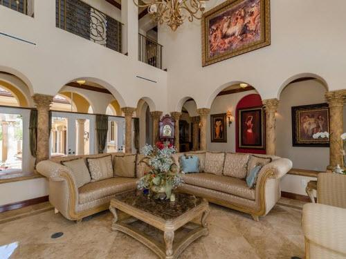 $8.9 Million Waterfront Mansion in Miami Beach Florida 4