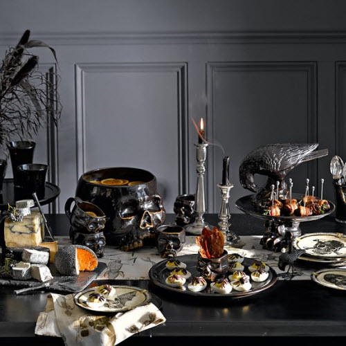 williams sonoma halloween skull punch bowl. Black Bedroom Furniture Sets. Home Design Ideas