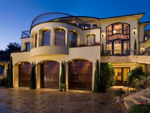 Estate of the day 10 2 million ocean view estate in for Houses in laguna beach