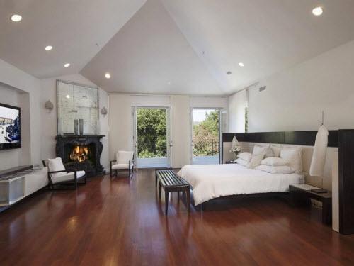 $10.4 Million Italian Villa in Hidden Valley California 7