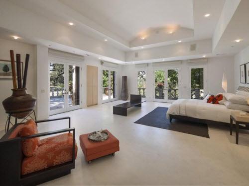 $10.4 Million Italian Villa in Hidden Valley California 8